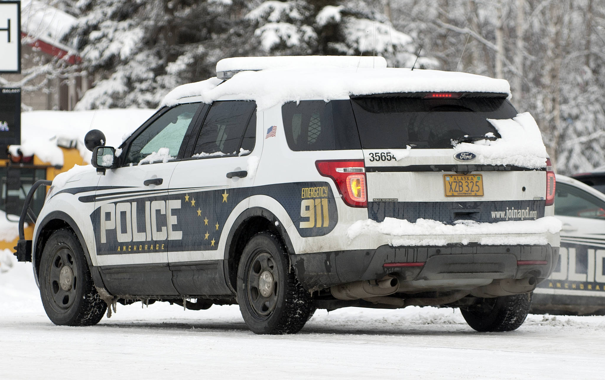 Police beat apd makes arrests for assaults dui the for Department of motor vehicles anchorage alaska